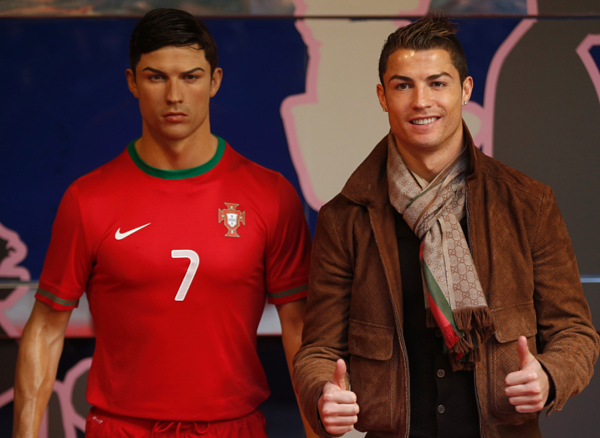 International star Cristiano Ronaldo posing with his wax sculpture.